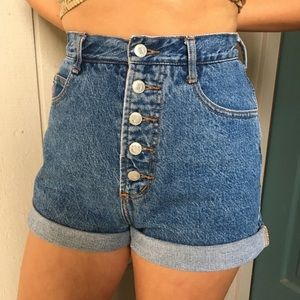 BONGO Vintage High-Waisted Button Fly Jean Shorts